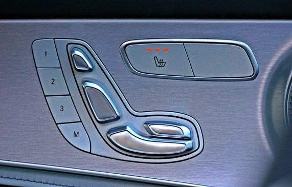 Description writing services for Mercedes dealers