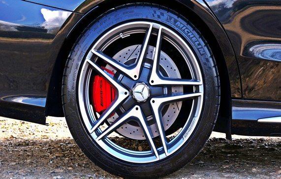 Mercedes vehicle descriptions