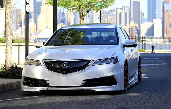 Custom Description Writing Service for Acura Vehicles